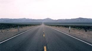 Észak-déli átjáró: autóknak Örményországban