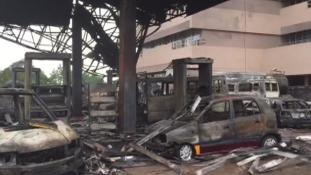 175 halálos áldozata van a benzinkútrobbanásnak