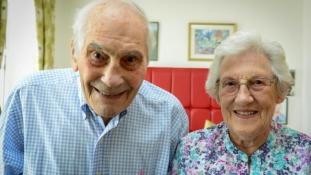 Soha nem késő házasodni – 103 éves a vőlegény