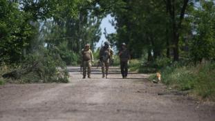 Ukrán áldozatok Luhanszknál