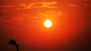 Kiszáradás és hőguta – 1200 fölött a halottak száma
