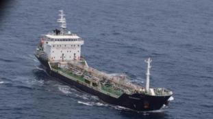 Tartályhajót szabadítottak ki a kalózok fogságából