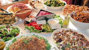 Miért szednek fel néhány kilót a böjtölők Ramadánkor?