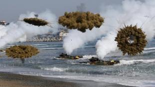 Futnak a déliek, ha Észak-Korea támad