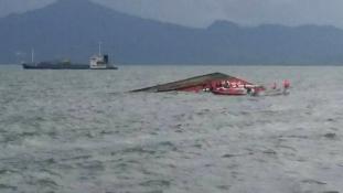 Elsüllyedt egy komphajó a Fülöp-szigetek partjainál, 33 halott