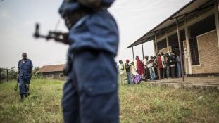 Új menekülthullám: ezrek léptek meg Burundiból a határzár előtt