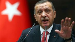 Új választásokat akar a török államfő