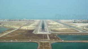 Újra az elnök embereié az ádeni reptér