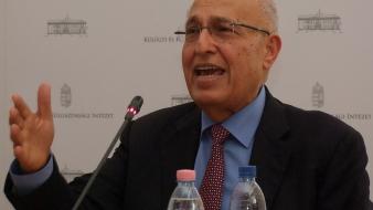 Mit várnak a palesztinok Magyarországtól? Palesztin politikus a Külügyi Intézetben