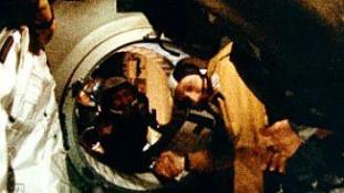 Legendás kézfogás az űrben – Meg kellene ismételni?