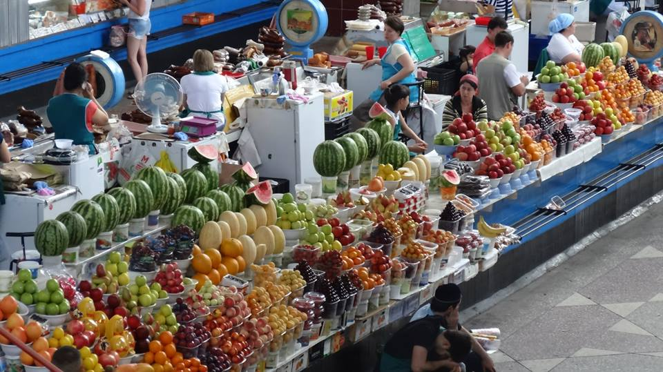Piac Közép-Ázsiában.