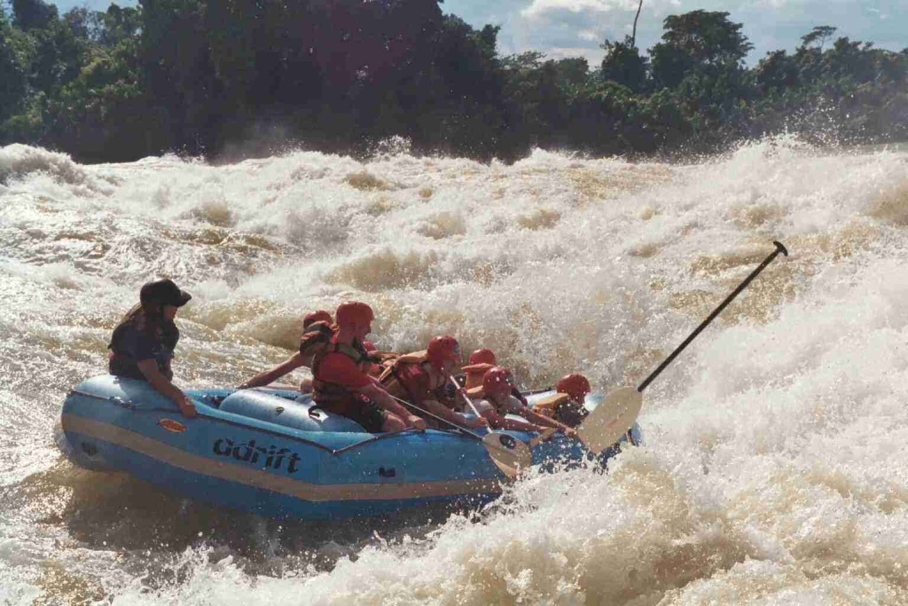 rafting-on-nile