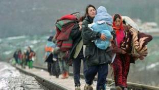 Menekülünk a menekültek elől?