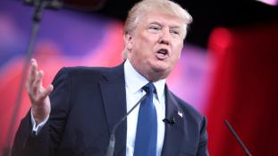 Veteránokat becsmérelt Donald Trump