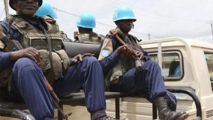 Bekattant egy ENSZ-békefenntartó a Közép-afrikai Köztársaságban