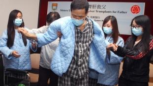 Lányai máját kapta egy kínai férfi
