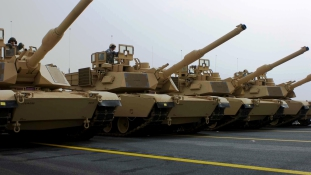 USA would deploy tanks in Tata, PM is careful because of Moscow