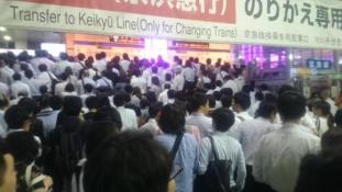 Amikor 350 ezer ember a vonaton ragad