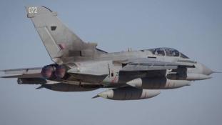 Nagy-Britannia meghosszabbítja a Tornado-gépek küldetését
