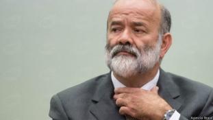 Rousseff: modern puccskísérlet indult a hatalom megszerzéséért  Brazíliában