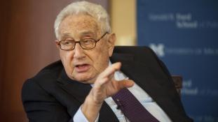 Kissingerrel beszélt az Unió jövőjéről az ENSZ-csúcson felszólaló Áder
