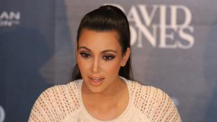 Mégsem profi filmesek előtt szül Kim Kardashian?