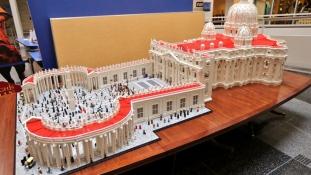 LEGO-val várják a Ferenc Pápát Philadelphiában