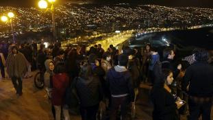 8,3-as földrengés Chilében, cunamiveszély Új-Zélandon