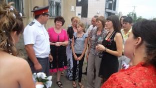 Lakodalmi rendőrség a Kaukázusban