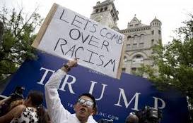 Trump testőrei elvertek egy mexikói tüntetőt