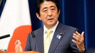 Másfél milliárd dollárt ad a menekültválság közel-keleti megoldására Japán