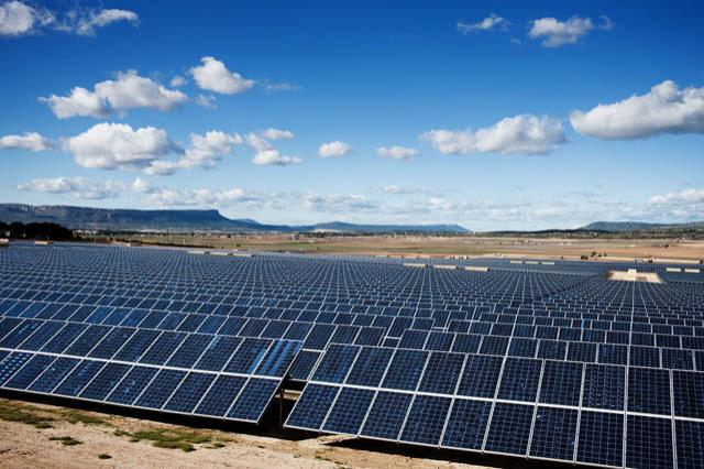 640_solar-desert
