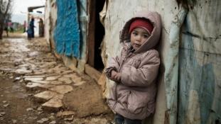 Több mint 13 millióan szorulnak humanitárius segélyre Szíriában