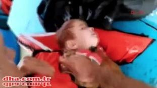 Dráma a tengeren: török halászok mentettek ki egy kisbabát – videó