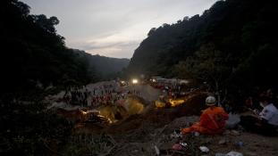 Feladták a túlélők keresését Guatemalában