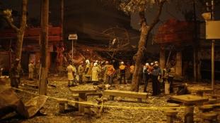 Hatalmas gázrobbanás döntött romba egy házat Rio de Janeiróban