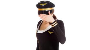 Mit csinált és mennyiért a stewardess a mosdóban?