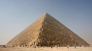 Titokzatos nyomok a Nagy Piramisban