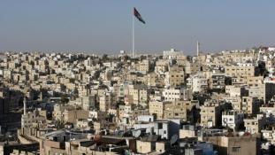 Amerikai kiképzőket lőtt agyon egy jordán rendőr