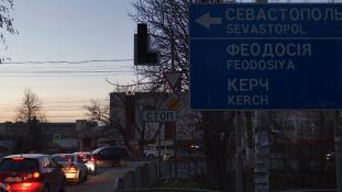 Majdnem 500 forint egy szál gyertya – Ötödik napja nincs áram a Krímben