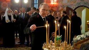 Papok irányítják az orosz külpolitikát?