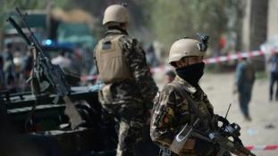 Robbantás, tűzharc Kabulban: Véget ért a nyugalom