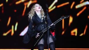 Ilyen volt ruha nélkül a 20 éves Madonna