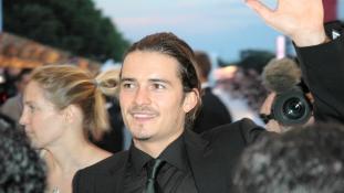 Orlando Bloomot kitoloncolták