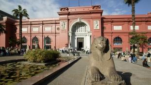 Végre szabadon fotózhatunk a kairói múzeumban – de sietnünk kell!