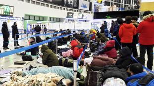 Brutális harc indult Dél-Koreában a vonatjegyekért