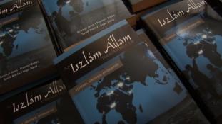 Magyar könyvet mutattak be az Iszlám Államról