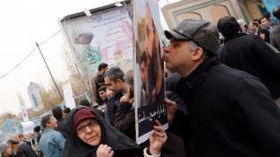 Irán legfőbb vezetője is elítélte a szaúdi követség elleni támadást