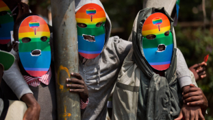 Kiirtaná a homoszexuálisokat egy politikus