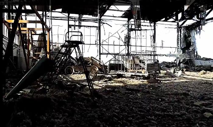 A donyecki repülőtér romjai 2015 januárjában
